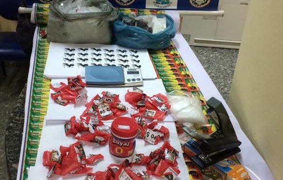 POLICIA APREENDE DROGRAS NA MADRUGADA DE QUINTA-FEIRA NO BAIRRO CIDADE NOVA