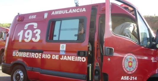 ACIDENTE DEIXA TRÊS IDOSOS LEVEMENTE FERIDOS EM ITAPERUNA NESTA TERÇA-FEIRA (24/04)