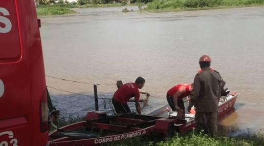 PESCADORES ENCONTRAM CORPO DE MULHER DESAPARECIDA EM CAMBUCI