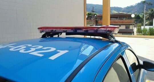 POLÍCIA APREENDE MACONHA EM DISTRITO DE PÁDUA