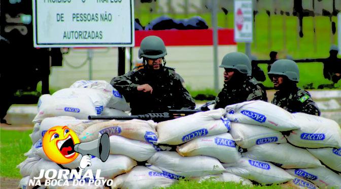 Aparato de 'guerra' é montado em frente a presídio federal de RO após decreto de Bolsonaro