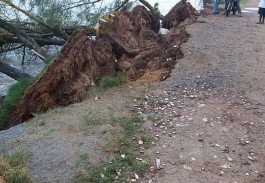Forte ressaca atinge Guaxindiba e Marinha emite alerta de ciclone