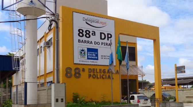 POLICIA APREENDE 500 KG DE MACONHA EM PIRAI QUE SERIA ENTREGUE EM MACAÉ