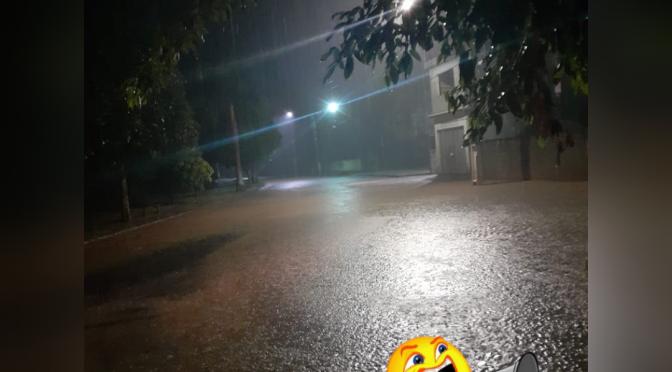 Ruas ficam alagadas em Baltazar- Pádua