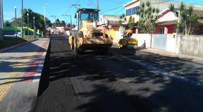 DER-RJ faz manutenção de asfalto em rodovias de SFI