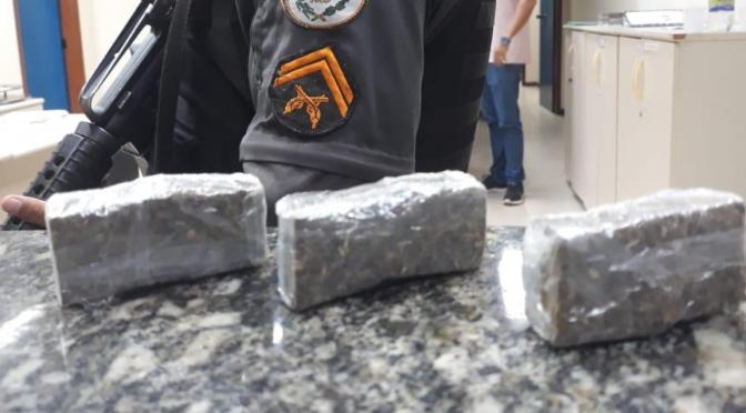 Homem é detido com tabletes de maconha em Aperibé