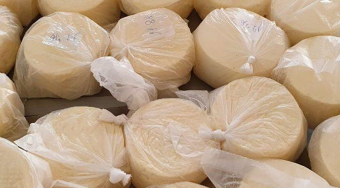 VISA apreende cerca de 80kg produtos com data de validade vencida e clandestinos em Campos